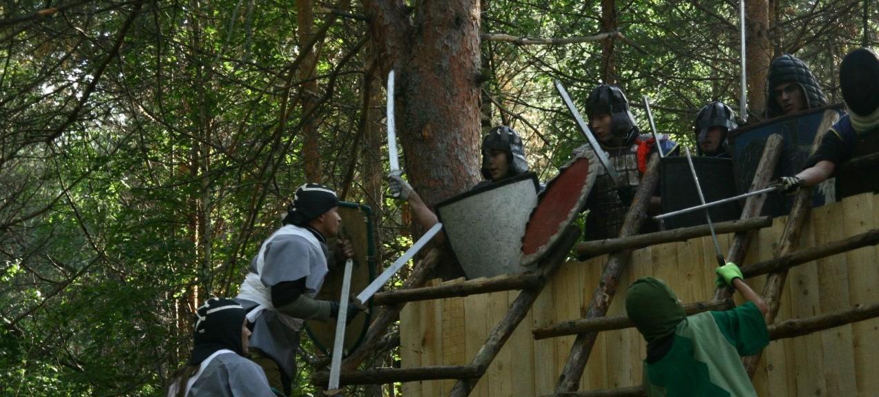 <span>Финальный квест – штурмом деревянной  крепости, которую будут защищать противники.</span>