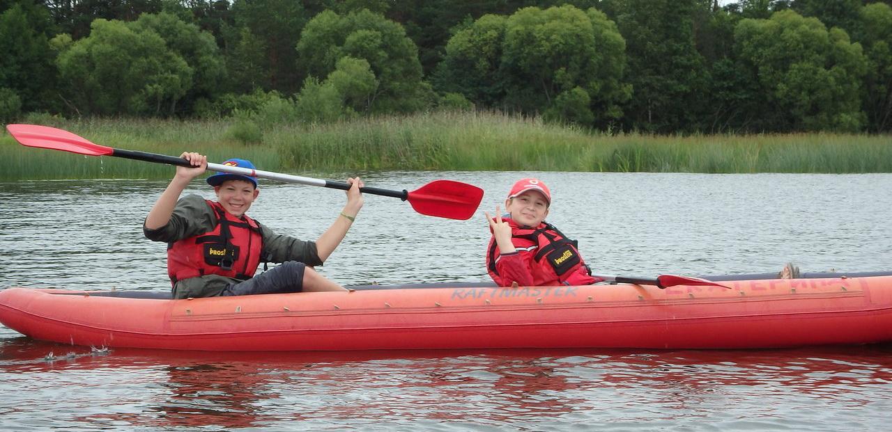 <span>Отправиться в путешествие на байдарках по живописной реке Угре</span>