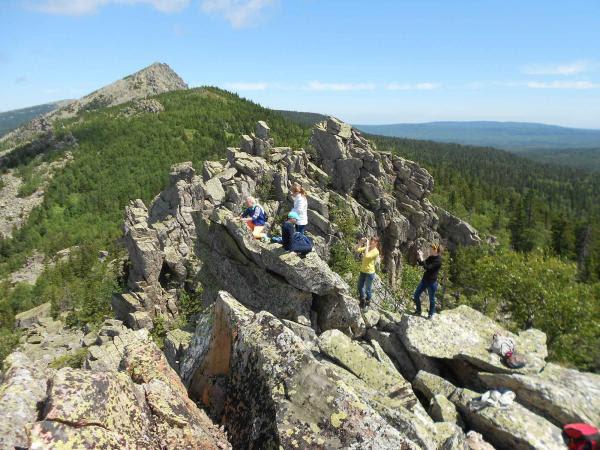 Митькины скалы Коллекция приключений Пеший поход по Таганаю (2)